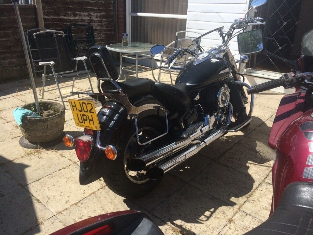 For sale Yamaha XVS 1100 motorbike with accessories