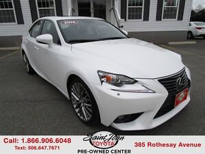 2014 Lexus IS 250 Leather + Sunroof $222.42 BI WEEKLY!!!