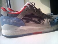 MENS ASICS TRAINERS SIZE 9 VGC - WILL NOT POST
