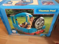 Inflatable Thomas paddling pool
