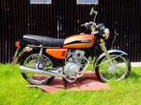 HONLEY CLASSIC 125 MOTORBIKE