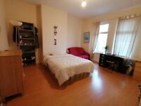 Wavertree short walk to University 1st floor 2 bed flat all inc rent