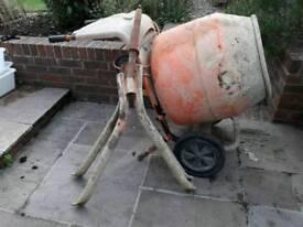 Belle minimix 150 240v cement mixer