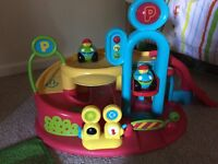 ELC Lights and Sounds Garage - great garage with a lift, barriers and car wash plus 2 cars.