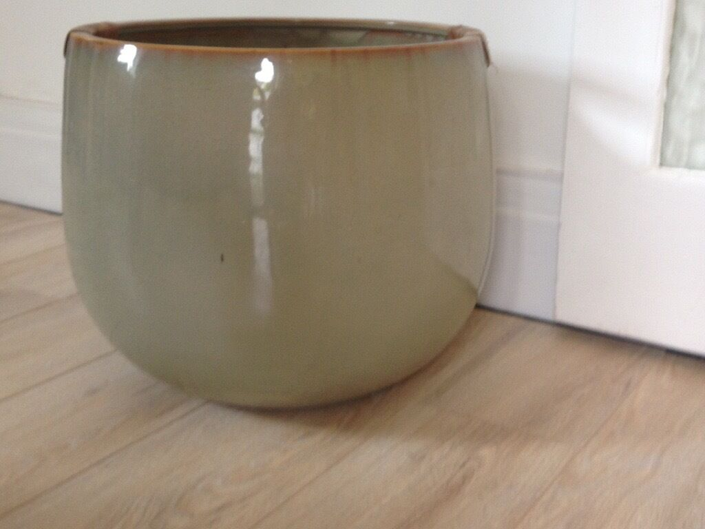 A large indoor plant pot | in Prestwich, Manchester | Gumtree