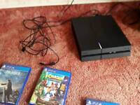 Sony PS4 500gb black good working order with games and 2 x controllers