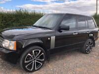 Range Rover vogue 3.6 tdv8 black on black,22 inch alloys
