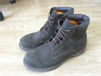 New Timberland boots for men UK10