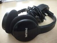 quality philips bluetooth wireless headphones & charger , as new condition,perfect working condition