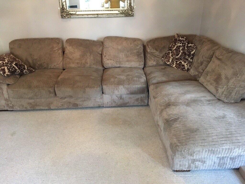 Corner Sofa 163 2500 4 1 2 Year Old Sofa Bargain At 163 100 So