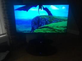 "Samsung 60"" uhd 4K smart tv plus stand wall bracket"
