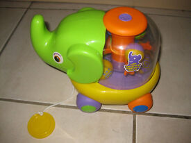 PULL ALONG Electronic Elephant with coloured jumping balls - IMMACULATE - reduced to £3!
