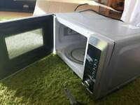 Microwave and grill combo oven for sale, £5