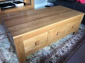 Oakland furniture solid oak furniture set like new