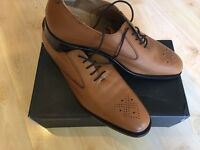 1 Pair of Mens Shoes size 11