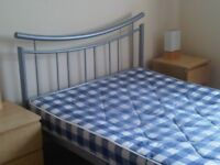 newly decorated large double room in shared house in central milton keynes £450 per month