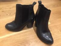 Black ankle leather boots