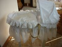Moses Basket with White Broderie Anglais Long Drapes & Rocking Stand