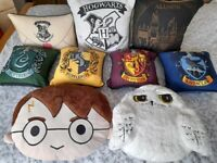 HARRY POTTER - COLLECTION OF CUSHIONS
