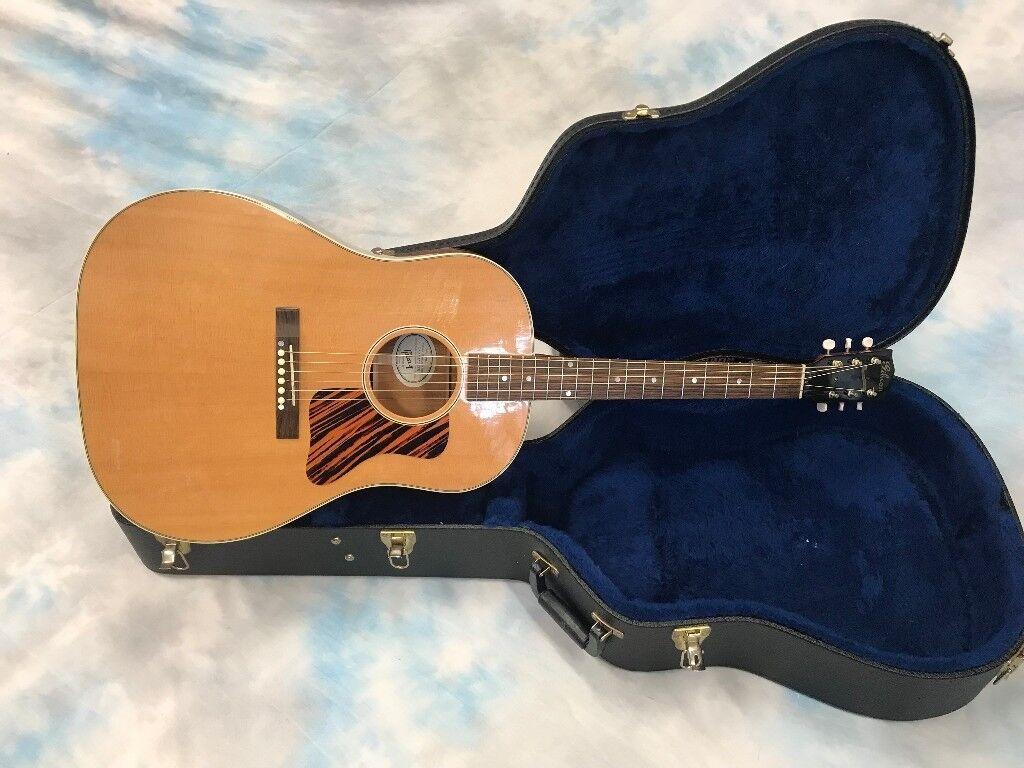 Gibson J-35 Inc Gibson Hard Case