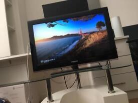 "32"" Samsung HD Television"