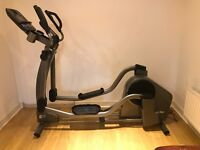 LIFE FITNESS E5 ELLIPTICAL CROSS TRAINER WITH TRACK + CONSOLE