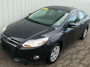 2012 Ford Focus SE LOW KMS/AUTO/AIR/BLUETOOTH/HEATED SEATS
