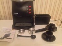Lloytron 15bar Espresso Coffee Maker with cups and jug