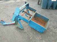 Two tractor three point linkage Weight box with a frame