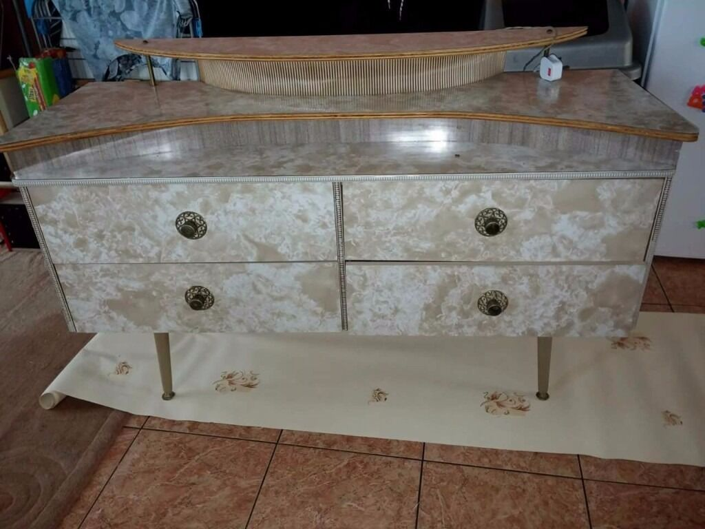 Retro Dressing Table with Mirrorin Bradford, West YorkshireGumtree - Retro style dressing table with built in light and mirror. This has been painted up shabby chic. Will probably need doing again as Ive moved house twice in the 3 years since Ive had it