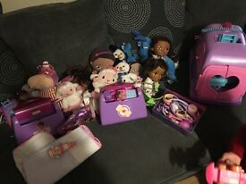 Lovely bundle of doc mcstuffins your little one will havve hours of fun