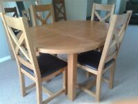 HERITAGE OAK EXTENDING DINING TABLE & 6 CHAIRS
