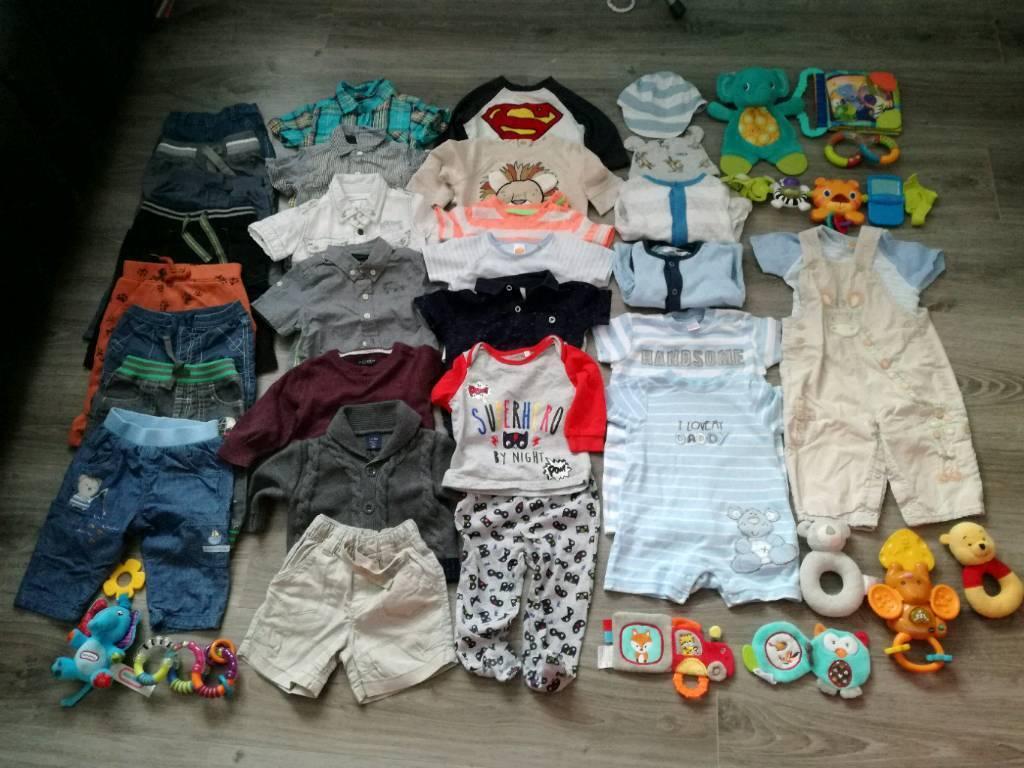Bundle Of Clothes 3 6month