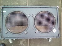 2x12 empty speaker cabinet