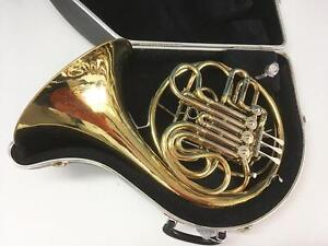 Conn Dbl. French Horn Outfit