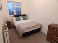 Newly refurbished 4 bed house, Comfortable Clean + ALL BILLS Inc internet