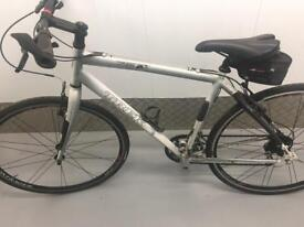 Trek 7.6fx hybrid bicycle