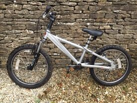 Childs Mountain Bike - Saracen Hoax - suit 5-10 year old, depending on height