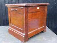 Commode for sale