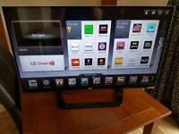 """42"""" LG 1080p HD LED Cinema 3D Smart TV"""