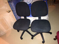 Office Swivel Chairs (Black)