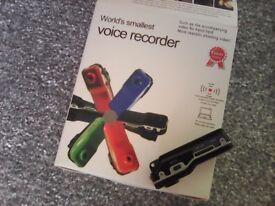 TINY CAMCORDER/VOICE RECORDER BRAND NEW