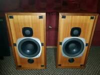 Castle kendal speakers