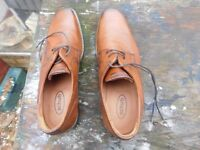 BRAND NEW MENS SHOES BY SCHUH LIGHT TAN SIZE 42 (8) COST £65