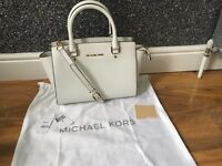 Michael kors optic white Selma handbag