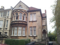 Rear 1st Floor Studio Flat - Sydenham Rd - Unf - Rent includes Water Charges