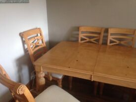 Dining table with 6 chairs (extends to seat 8)