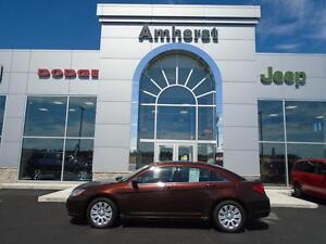 2013 Chrysler 200 LX GREAT ON FUEL
