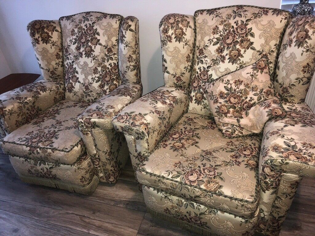 Vintage Fl Brocade Sofa And Chairs