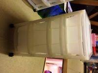 4 Sets of Plastic Storage Drawers